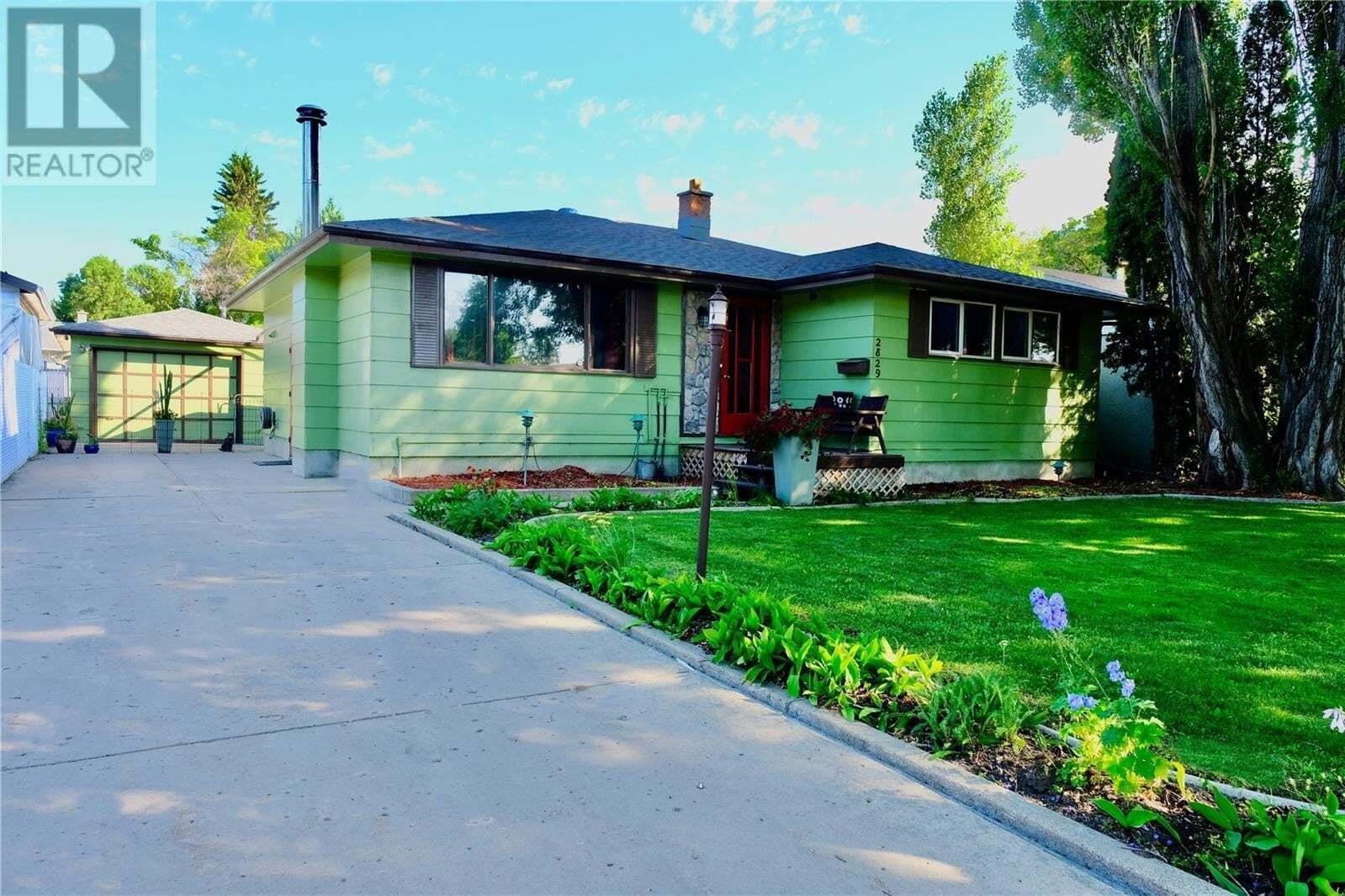 House for sale at 2829 Arlington Ave Saskatoon Saskatchewan - MLS: SK818901