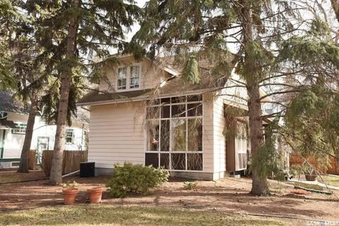 House for sale at 2839 Mccallum Ave Regina Saskatchewan - MLS: SK772380