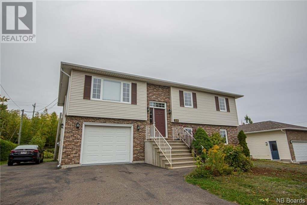 House for sale at 284 Douglas Ave Fredericton New Brunswick - MLS: NB049797