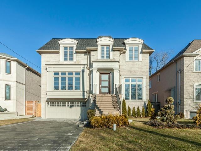 For Sale: 284 Kingsdale Avenue, Toronto, ON | 4 Bed, 7 Bath House for $3,888,000. See 20 photos!
