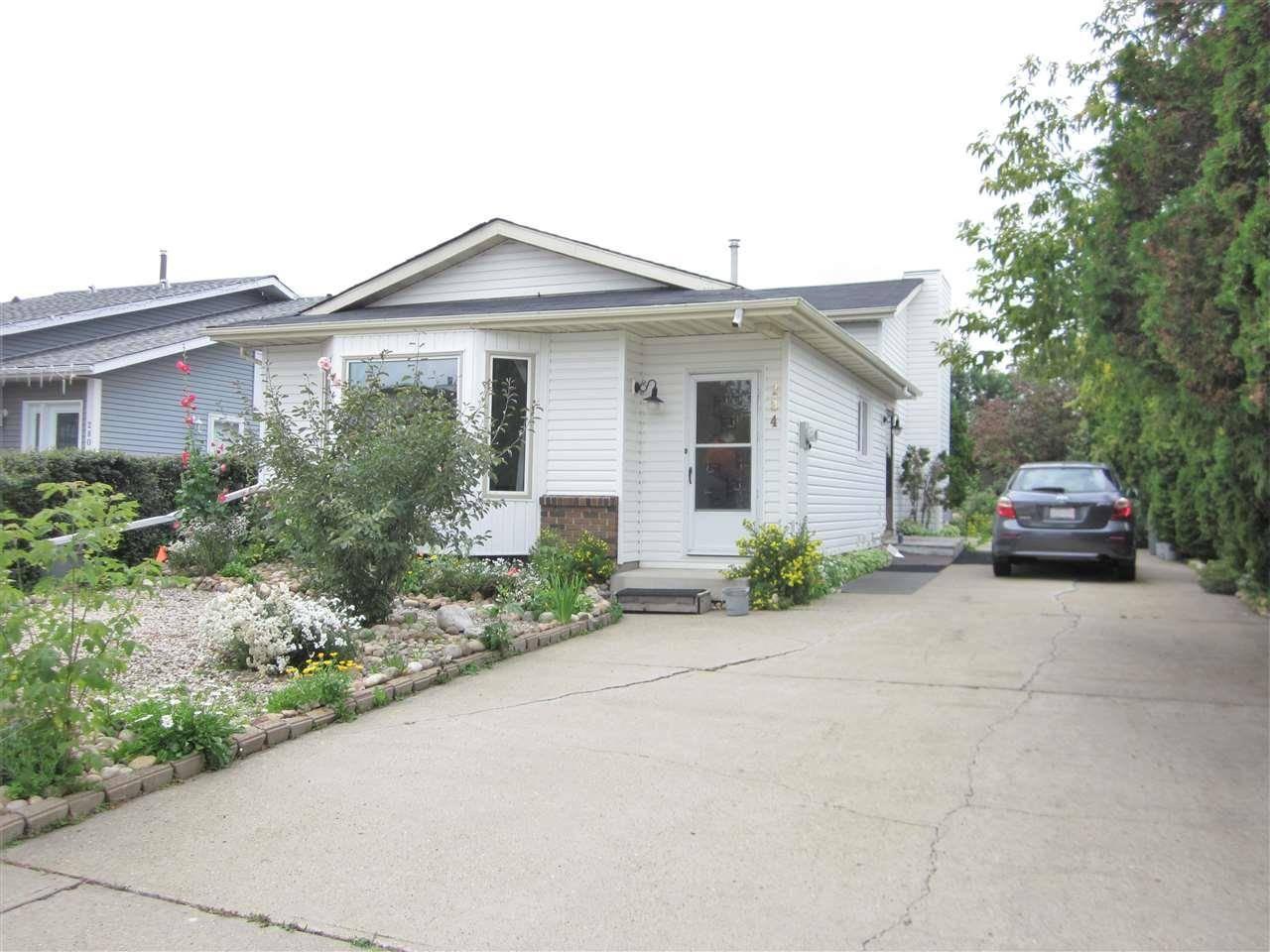 House for sale at 284 Lago Lindo Cres Nw Edmonton Alberta - MLS: E4170881