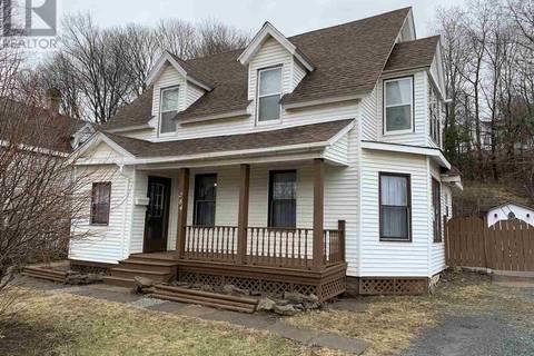 House for sale at 284 Provost St North New Glasgow Nova Scotia - MLS: 201907952
