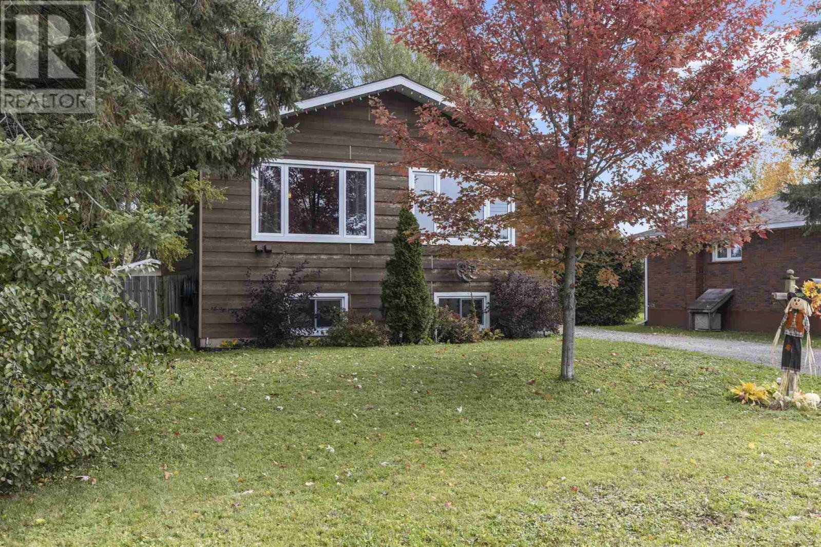 House for sale at 284 Rowell Ave Sault Ste. Marie Ontario - MLS: SM130076