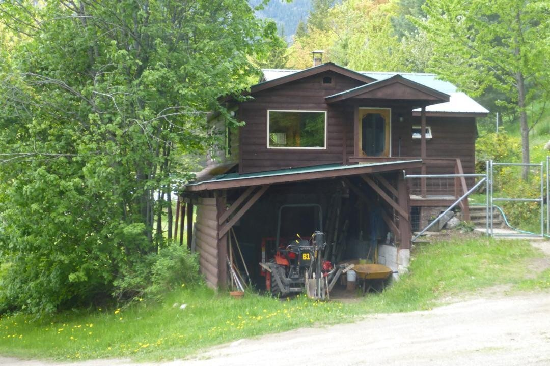 House for sale at 2843 Granite Road  Nelson British Columbia - MLS: 2452062