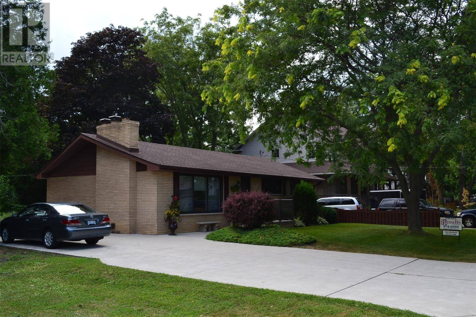 House for sale at 285 Burdick Cres Tecumseh Ontario - MLS: 19023896