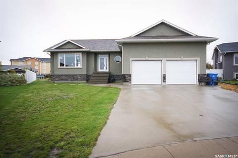 House for sale at 285 Symons By Estevan Saskatchewan - MLS: SK799795