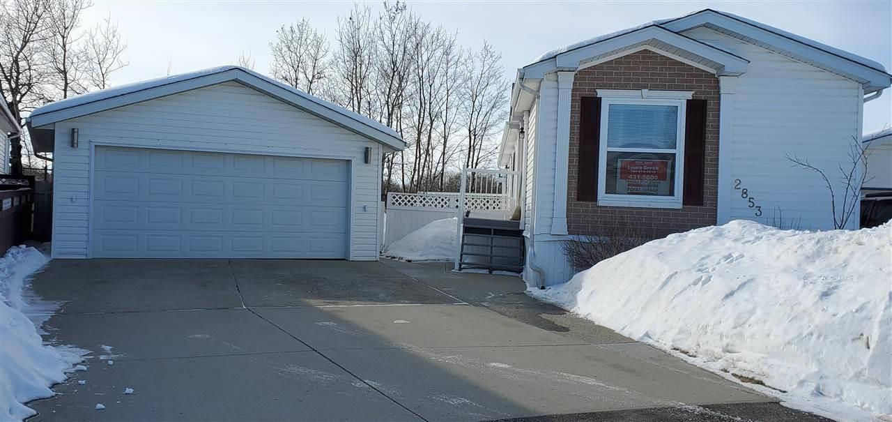 Home for sale at 2853 Lakeside Cs Nw Edmonton Alberta - MLS: E4187083