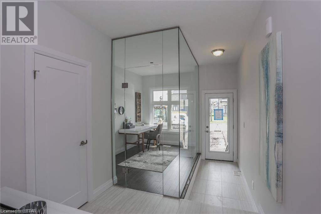 2854 Heardcreek Avenue, London | Image 2
