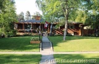 House for sale at 2855 Parkside Dr S Lethbridge Alberta - MLS: LD0181022