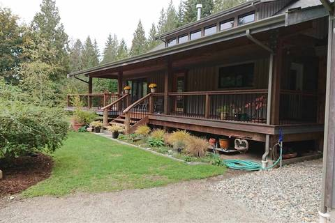 House for sale at 2856 Robinson Rd Roberts Creek British Columbia - MLS: R2402997