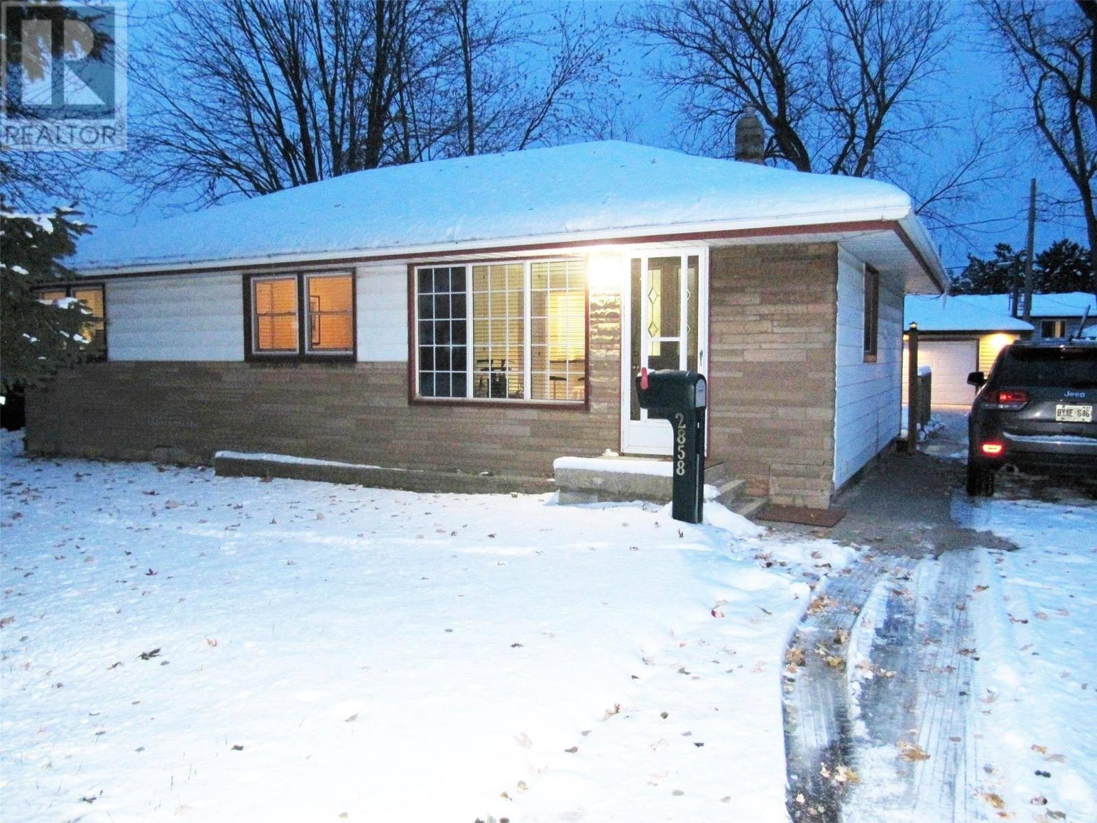 House for sale at 2858 Lloyd George  Windsor Ontario - MLS: 19027769