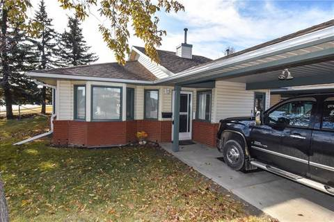 Townhouse for sale at 2859 Dovely Pk Southeast Calgary Alberta - MLS: C4273331