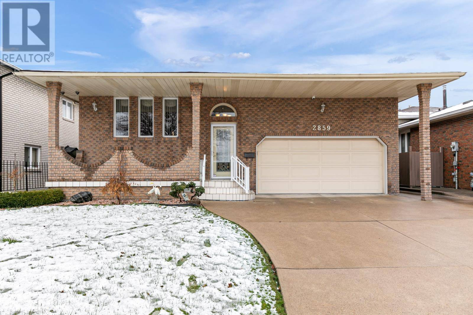 House for sale at 2859 Langlois  Windsor Ontario - MLS: 20003639
