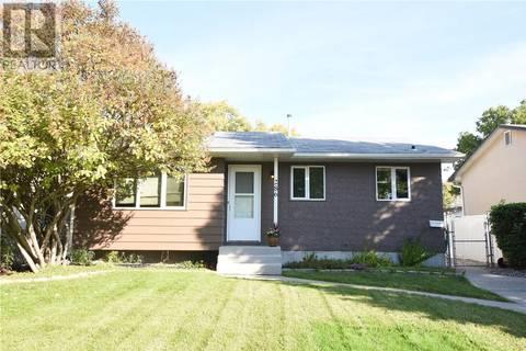 House for sale at 286 Cavendish St Regina Saskatchewan - MLS: SK786743