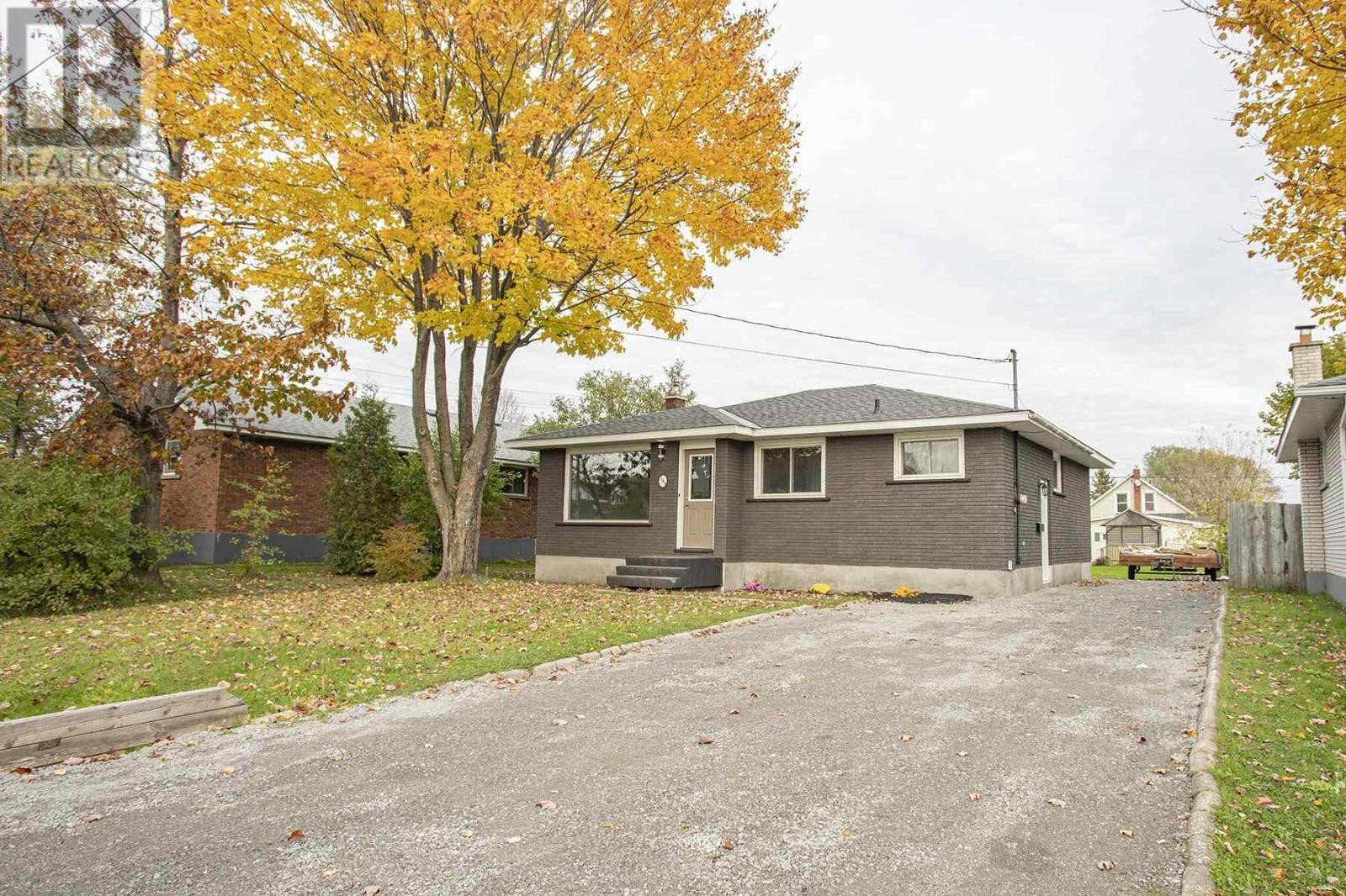 House for sale at 286 Dryden Ave Sault Ste. Marie Ontario - MLS: SM130044
