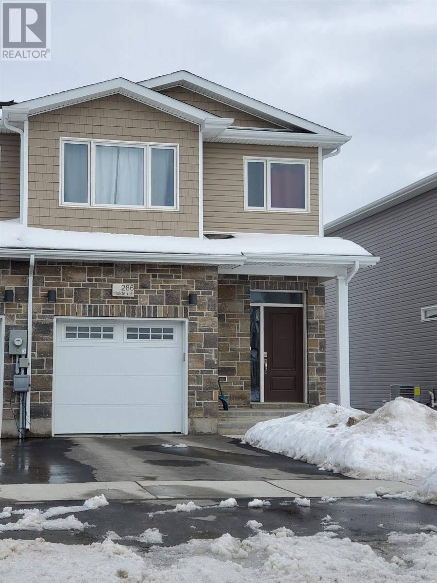 Townhouse for sale at 286 Holden St Kingston Ontario - MLS: K20000788