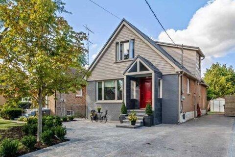 House for sale at 286 Poyntz Ave Toronto Ontario - MLS: C4970004