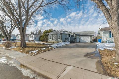 House for sale at 286 Trifunov Cres Regina Saskatchewan - MLS: SK803340