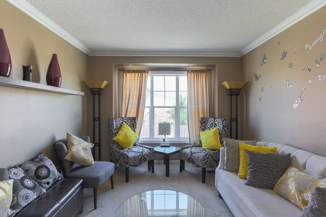 For Sale: 2866 Garnethill Way, Oakville, ON | 3 Bed, 3 Bath Townhouse for $648,888. See 19 photos!