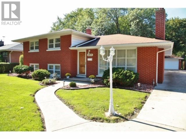 Removed: 2875 Rockwell, Windsor, ON - Removed on 2019-11-16 06:00:06