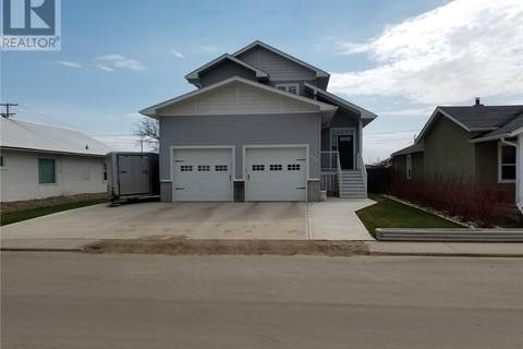 House for sale at 288 2nd Ave E Unity Saskatchewan - MLS: SK772286