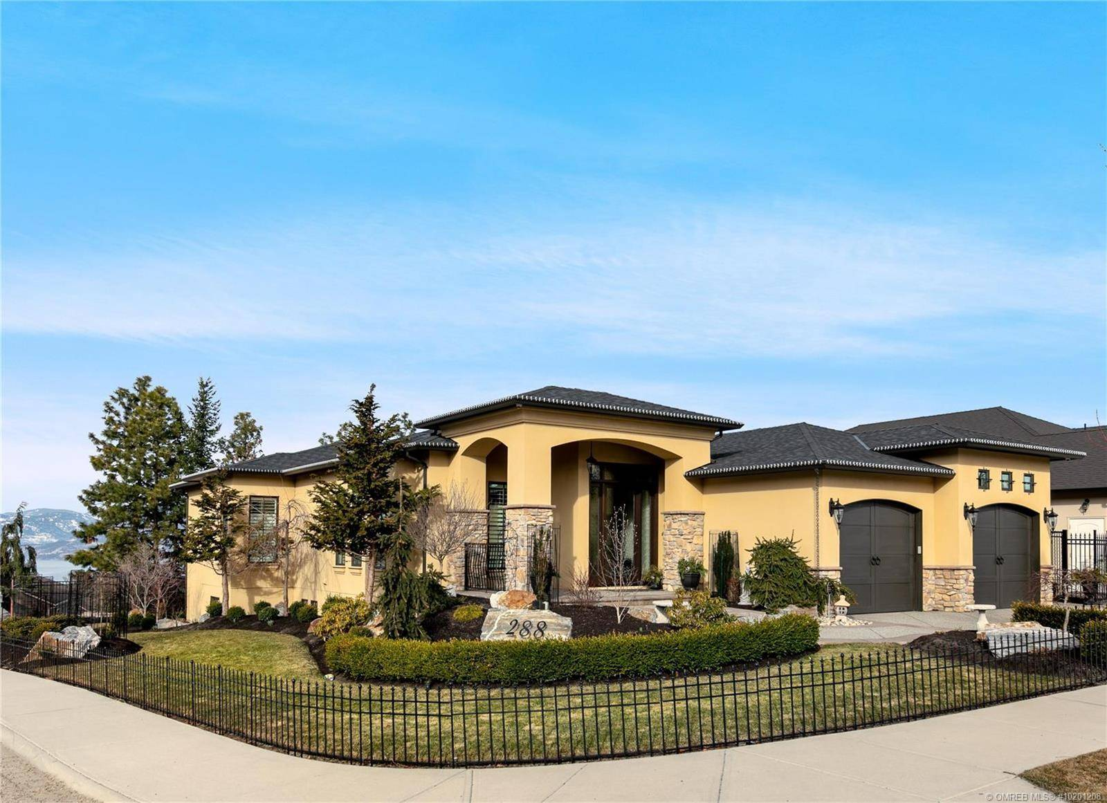 House for sale at 288 Quilchena Dr Kelowna British Columbia - MLS: 10201208
