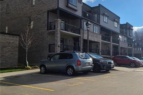 Townhouse for sale at 1989 Ottawa St Unit 28A Kitchener Ontario - MLS: 40048065
