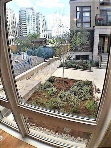 Apartment for rent at 15 Eldora Ave Unit 29 Toronto Ontario - MLS: C4658028