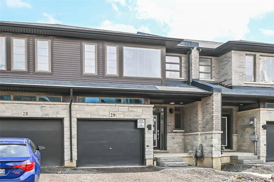 Townhouse for rent at 30 Times Square Blvd Unit 29 Stoney Creek Ontario - MLS: H4060807