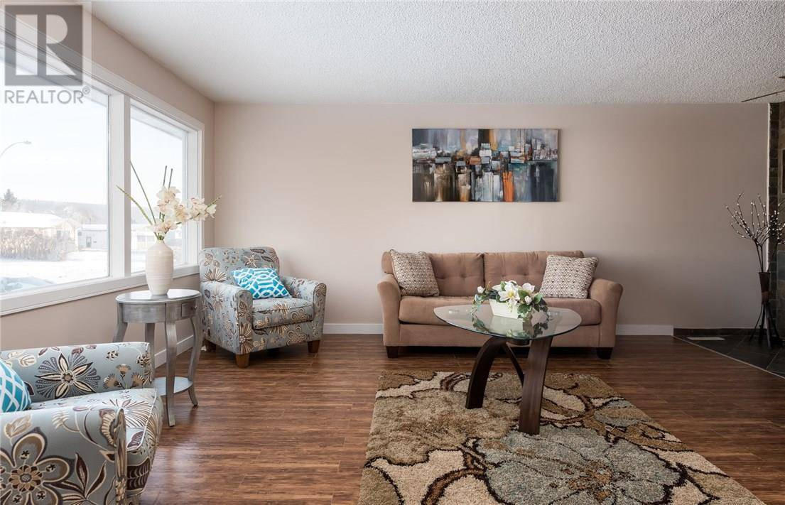 29 Biggs Avenue, Fort Mcmurray | Image 2