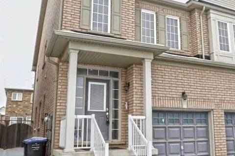 Townhouse for rent at 29 Crumlin Cres Brampton Ontario - MLS: W4680976