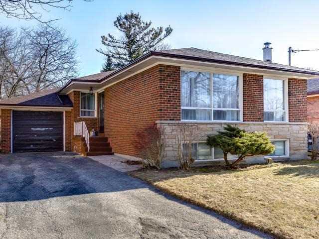 For Sale: 29 Fintona Avenue, Toronto, ON | 3 Bed, 2 Bath House for $749,500. See 20 photos!