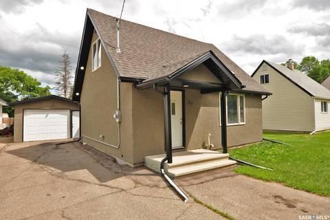 House for sale at 29 Gladstone Ave N Yorkton Saskatchewan - MLS: SK778934