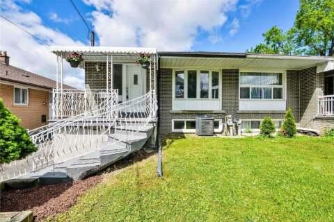 Townhouse for sale at 29 Gravenhurst Ave Toronto Ontario - MLS: W4808160