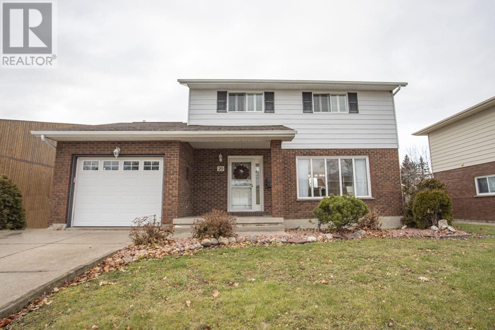 House for sale at 29 Highcrest St Sault Ste. Marie Ontario - MLS: SM130367