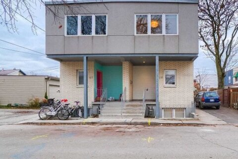 Townhouse for sale at 29 Lindner St Toronto Ontario - MLS: W4993304