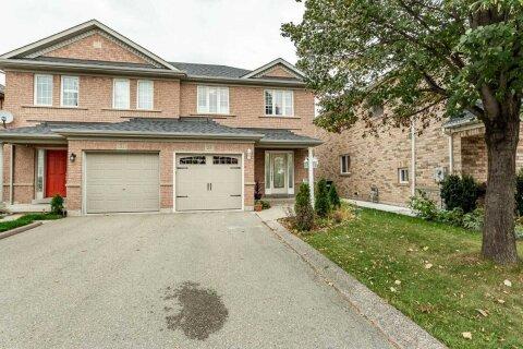 Townhouse for sale at 29 Lockheed Cres Brampton Ontario - MLS: W4972948