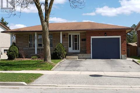 House for sale at 29 Meadow Cres Guelph Ontario - MLS: X4457940