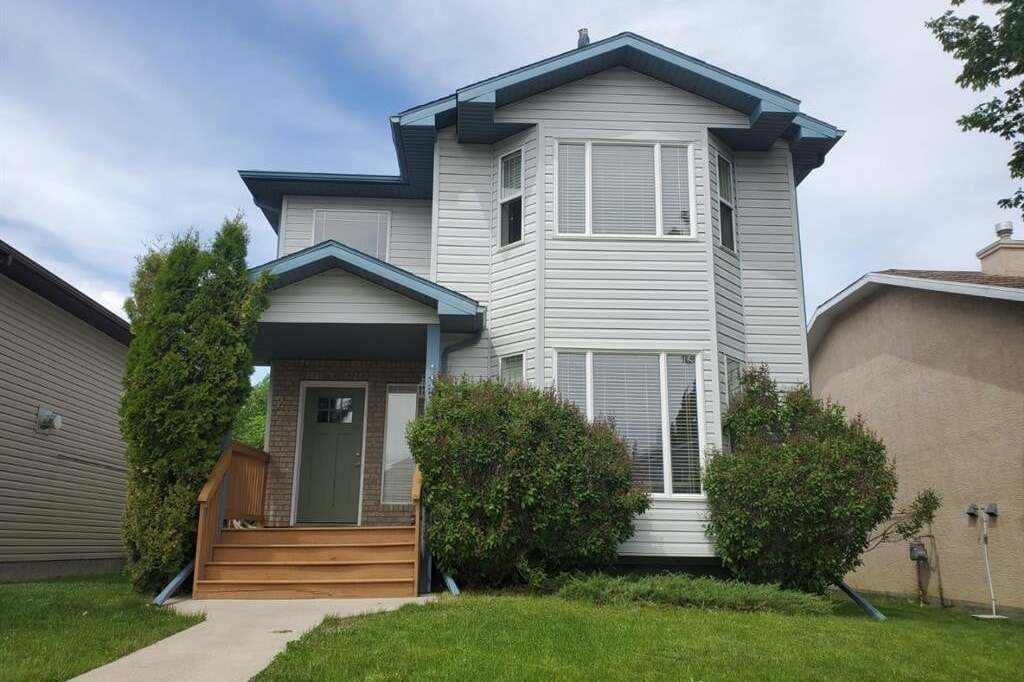 House for sale at 29 Peigan Ct West Lethbridge Alberta - MLS: A1002942