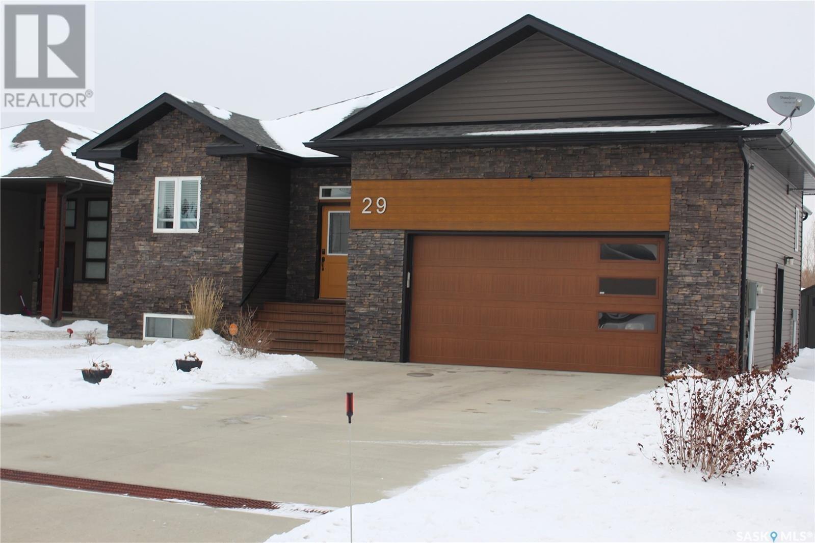 House for sale at 29 Stanford Rd White City Saskatchewan - MLS: SK833744