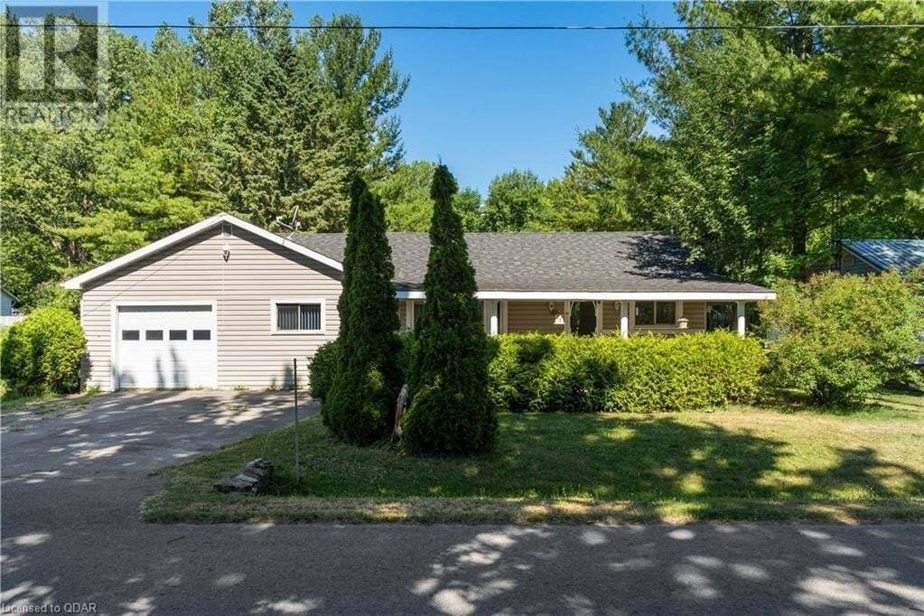 House for sale at 29 Third St Picton Ontario - MLS: 270287