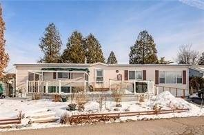 Home for sale at 29 Trillium Beach Rd Puslinch Ontario - MLS: X4692283