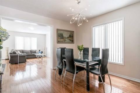 Townhouse for sale at 29 Van Fleet Terr Milton Ontario - MLS: W4480155