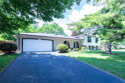 House for sale at 290 Ash Tree Wy Oakville Ontario - MLS: W4418596