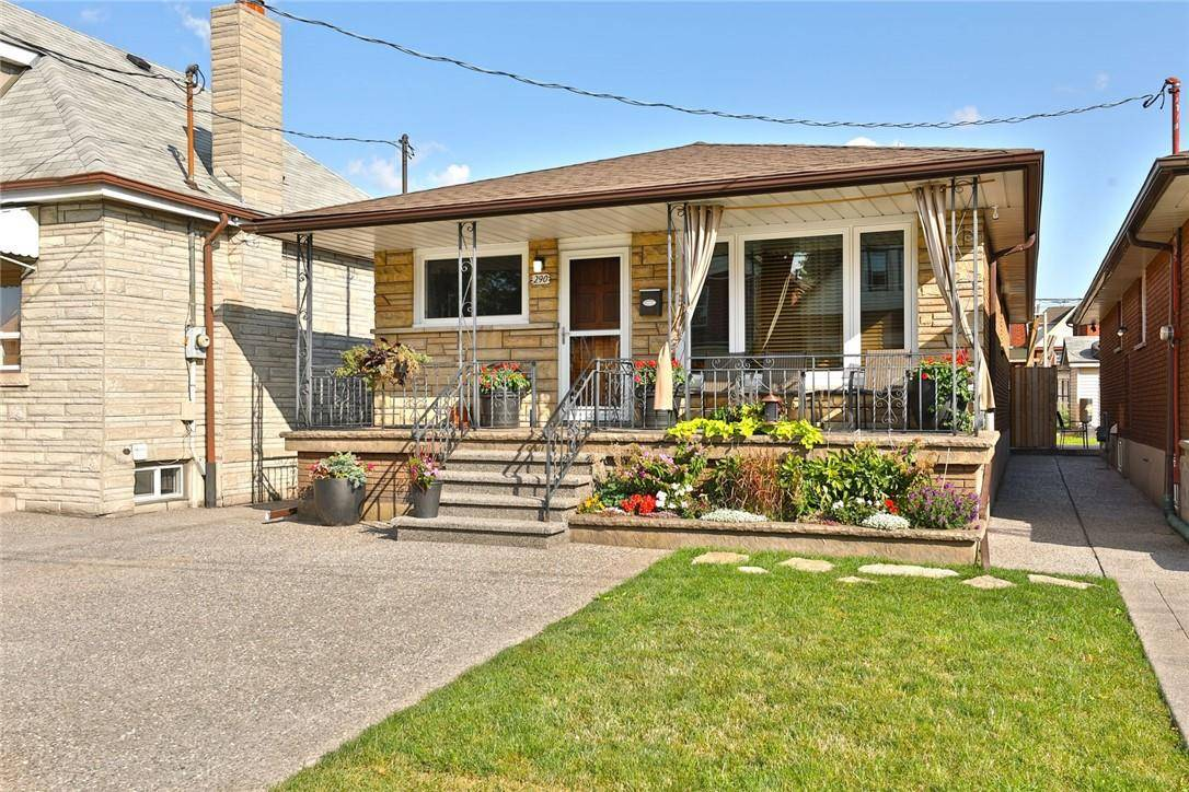 House for sale at 290 Balmoral Ave N Hamilton Ontario - MLS: H4065657