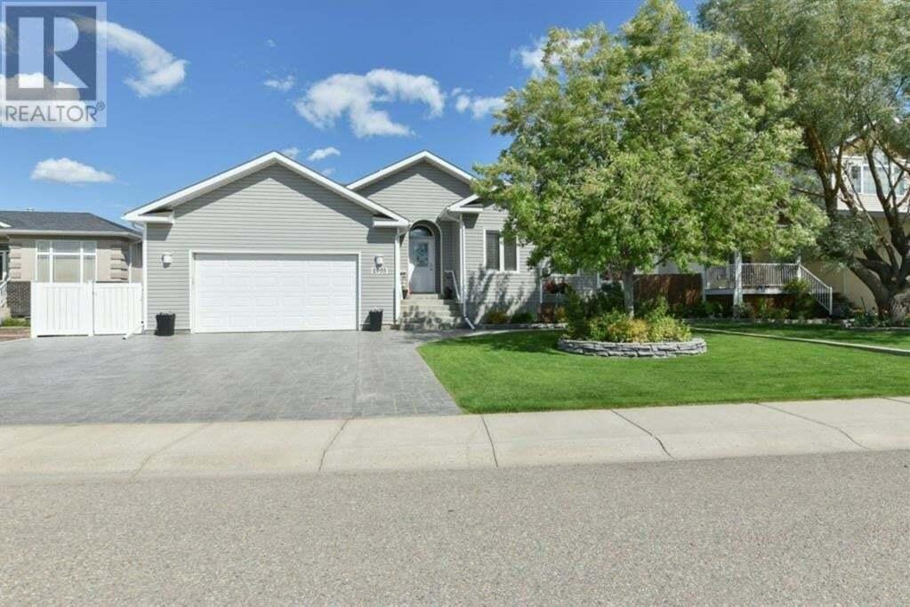 House for sale at 2903 Cottonwood Rte Southwest Medicine Hat Alberta - MLS: A1001956
