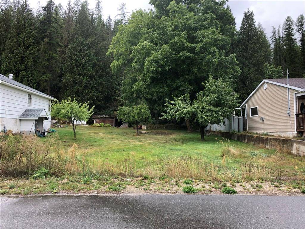 Home for sale at 2904 9th Avenue  South Castlegar British Columbia - MLS: 2441250