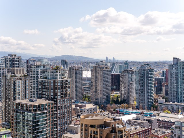 For Sale: 2905 - 1199 Seymour Street, Vancouver, BC   1 Bed, 1 Bath Condo for $730,000. See 20 photos!