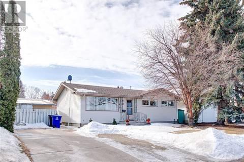 House for sale at 2906 14th St E Saskatoon Saskatchewan - MLS: SK803699