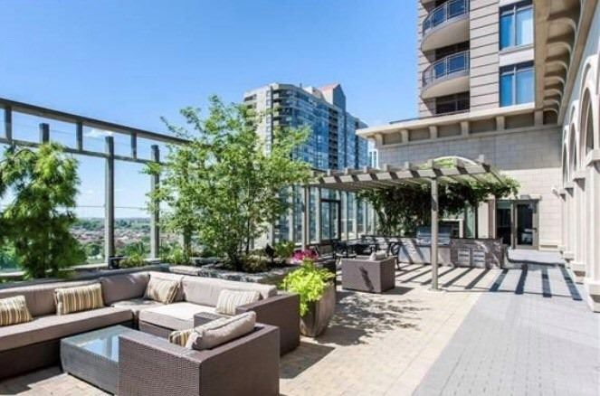 Chicago Condo Condos: 385 Prince Of Wales Drive, Mississauga, ON